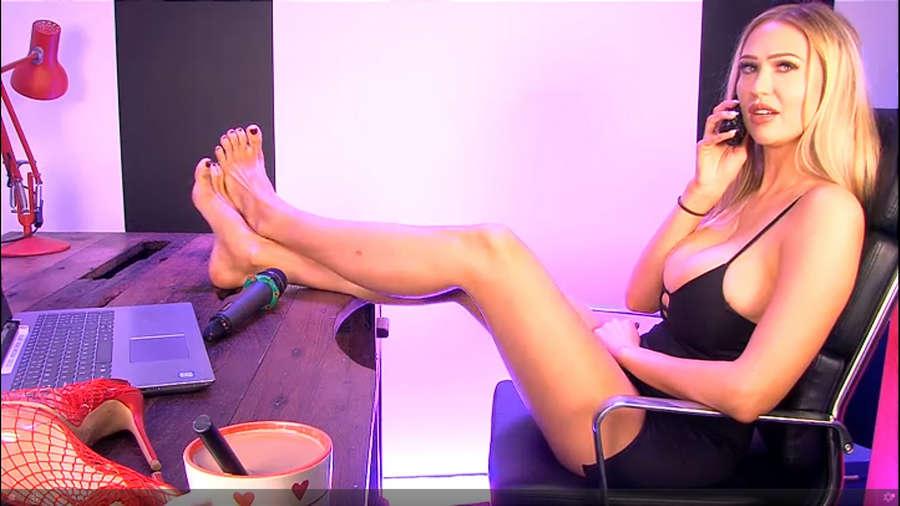 Sophie Reade Feet