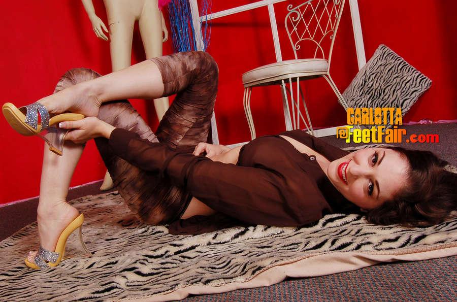 Carlotta Champagne Feet