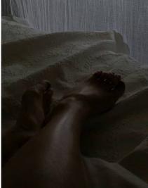 Allison Tolman Feet