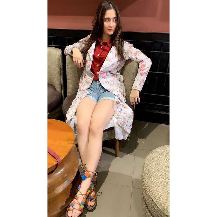 Sanjeeda Sheikh Feet