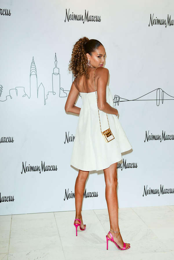 Joan Smalls Feet