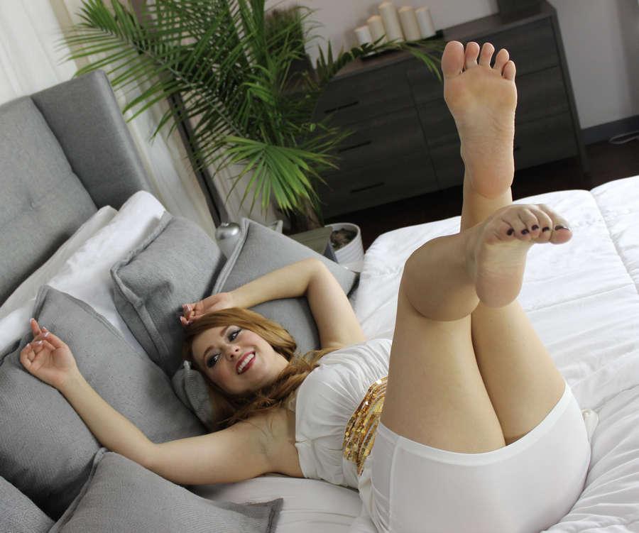 Rebecca Beradi Feet