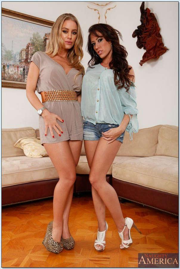 Nicole Aniston 6
