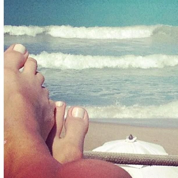 Natalia Guimaraes Feet