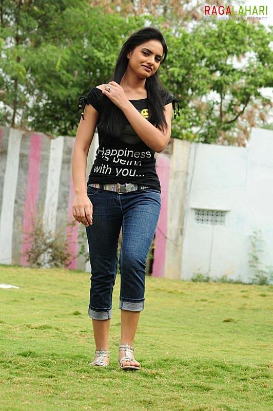 Ritu Kaur Feet
