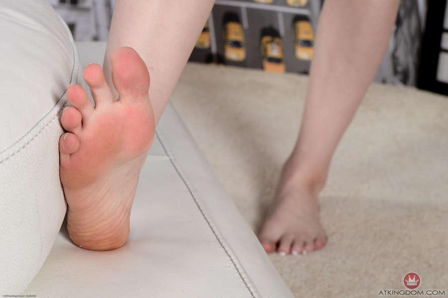 Dolly Leigh Feet