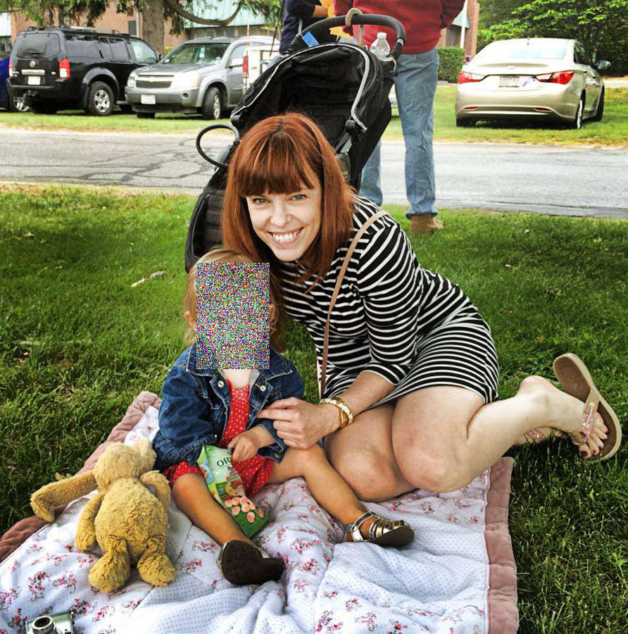 Amy Bruni Feet