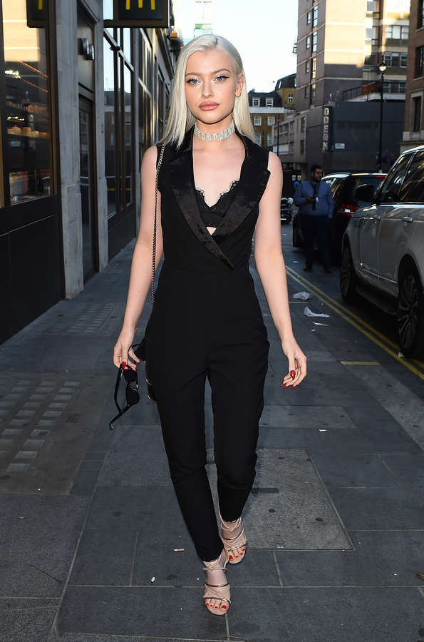 Alice Chater Feet
