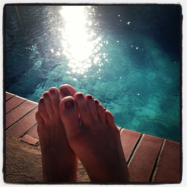 Jenn Berman Feet