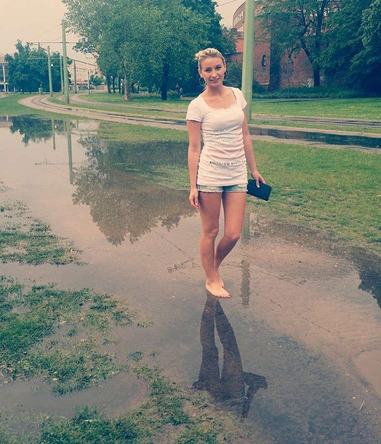 Anna Carina Woitschack Feet
