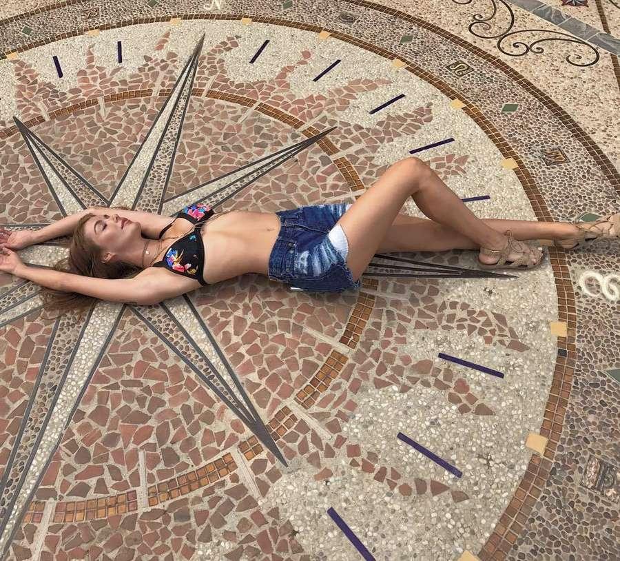 Jessica Vargas Feet