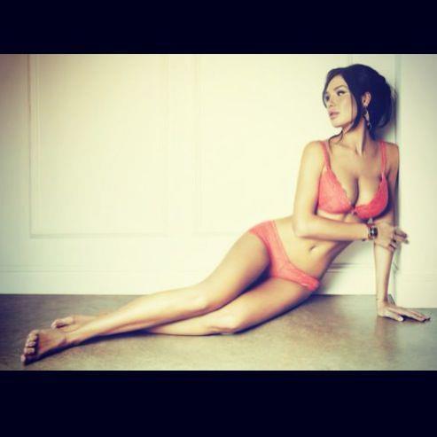 Nicole Minetti Feet