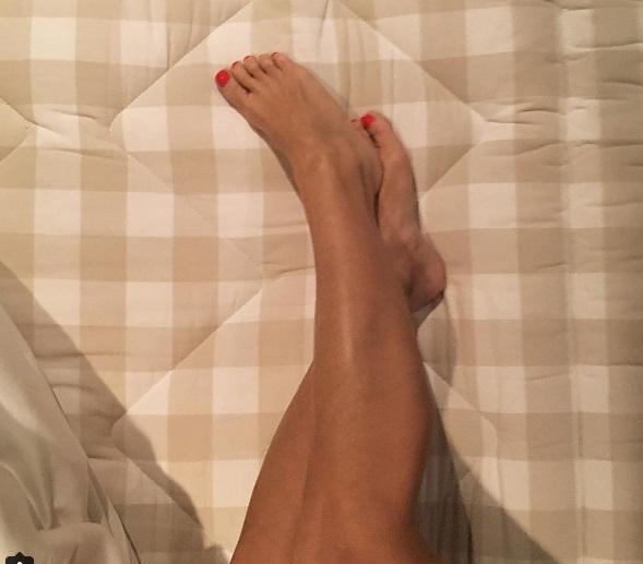 Alison Victoria Feet