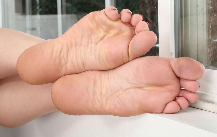 Alexa Nova Feet