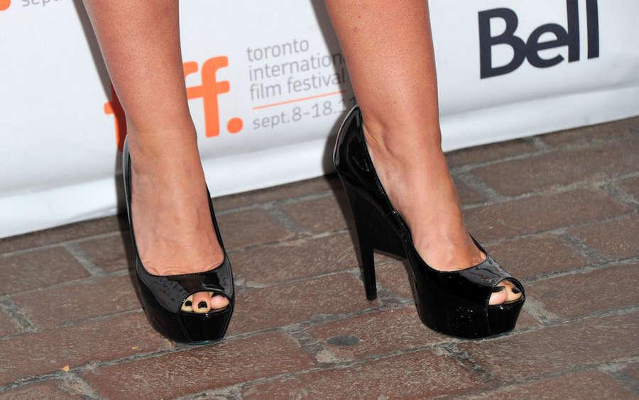 Lynn Collins Feet