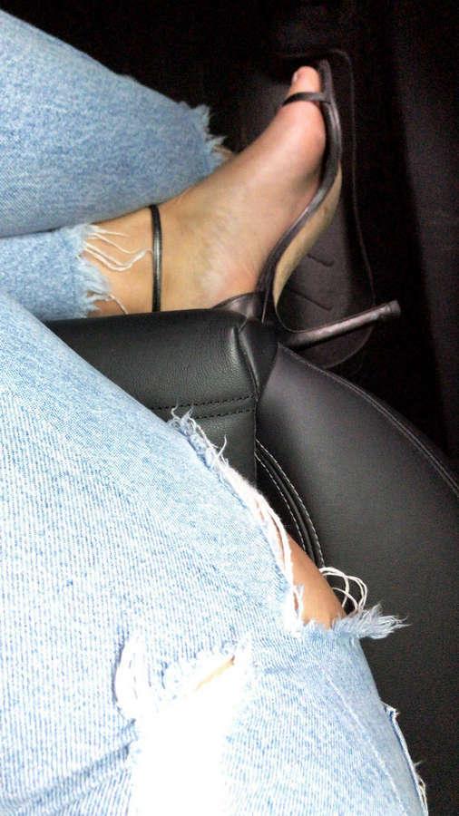 Elysia Rotaru Feet
