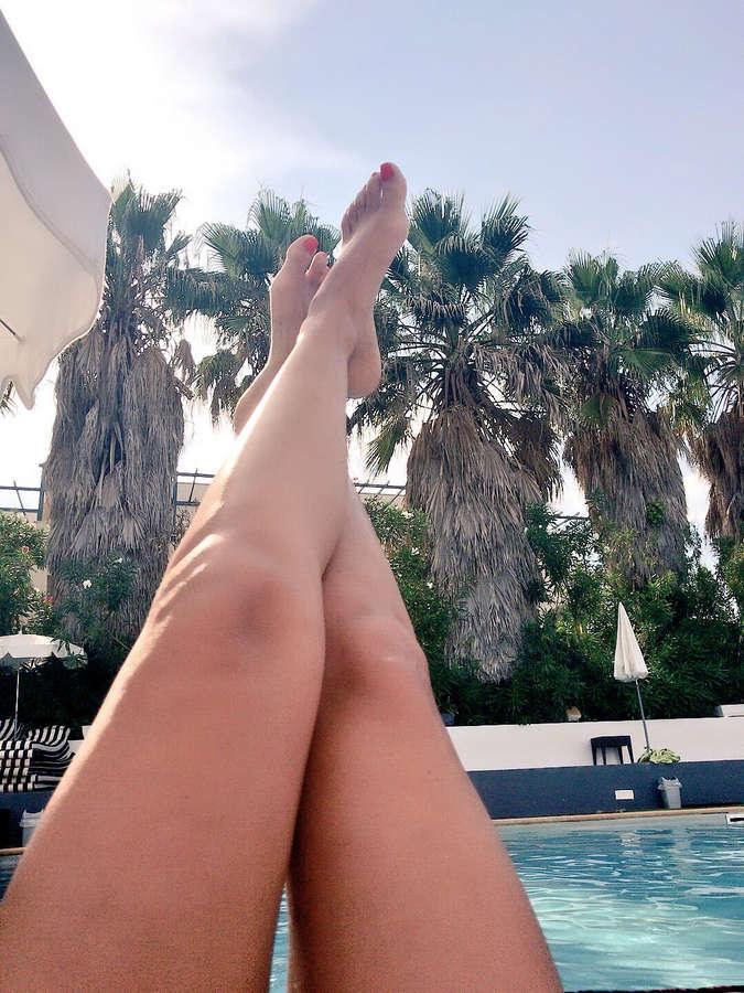 Claire Castel Feet