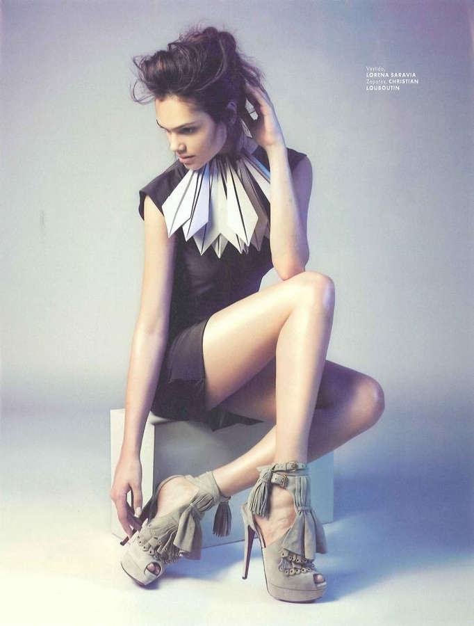 Lisalla Montenegro Feet