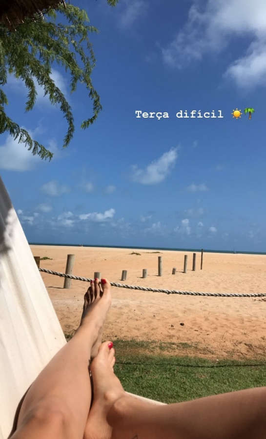Alessandra Xavier Feet