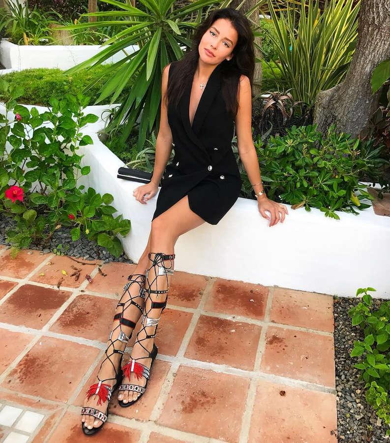 Sofia Nikitchuk Feet