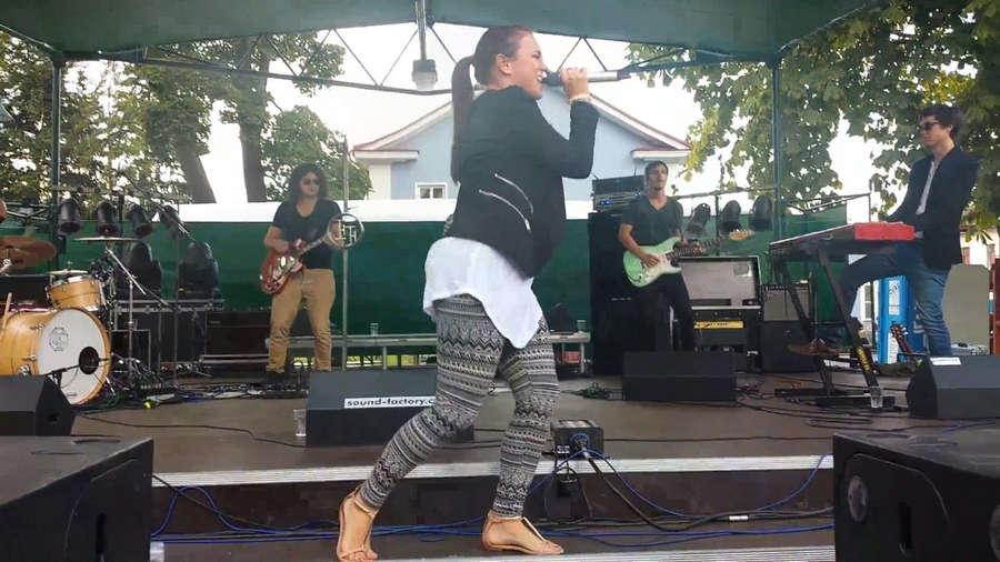 Ewa Farna Feet
