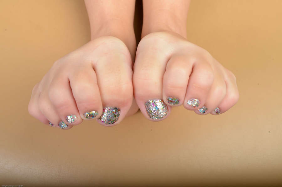 Cali Hayes Feet