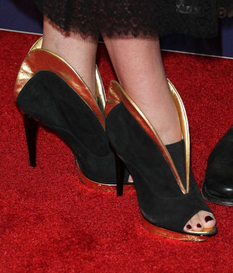 Tori Spelling Feet