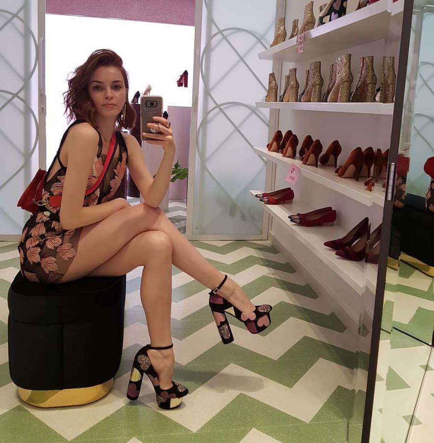 Melisa Garat Feet