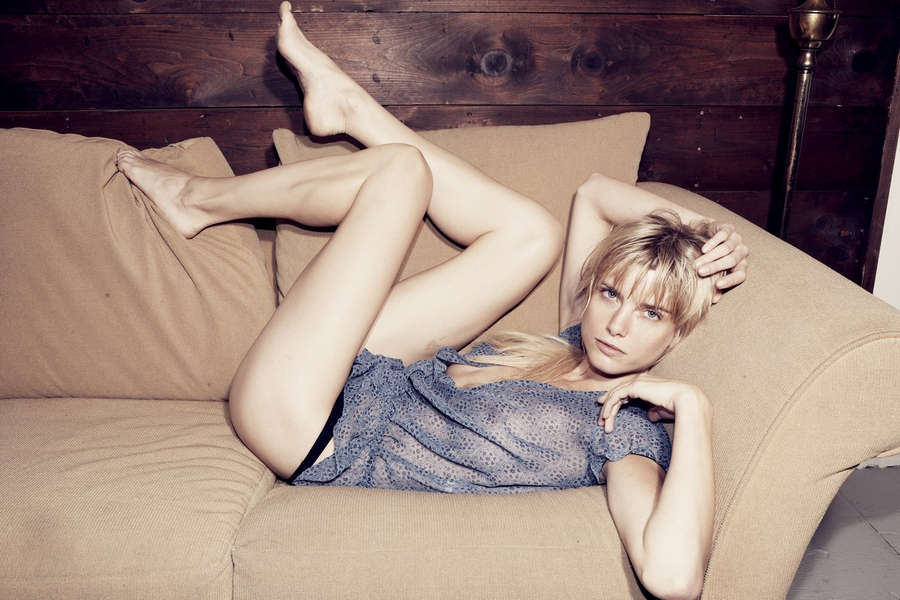 Eugenia Kuzmina Feet