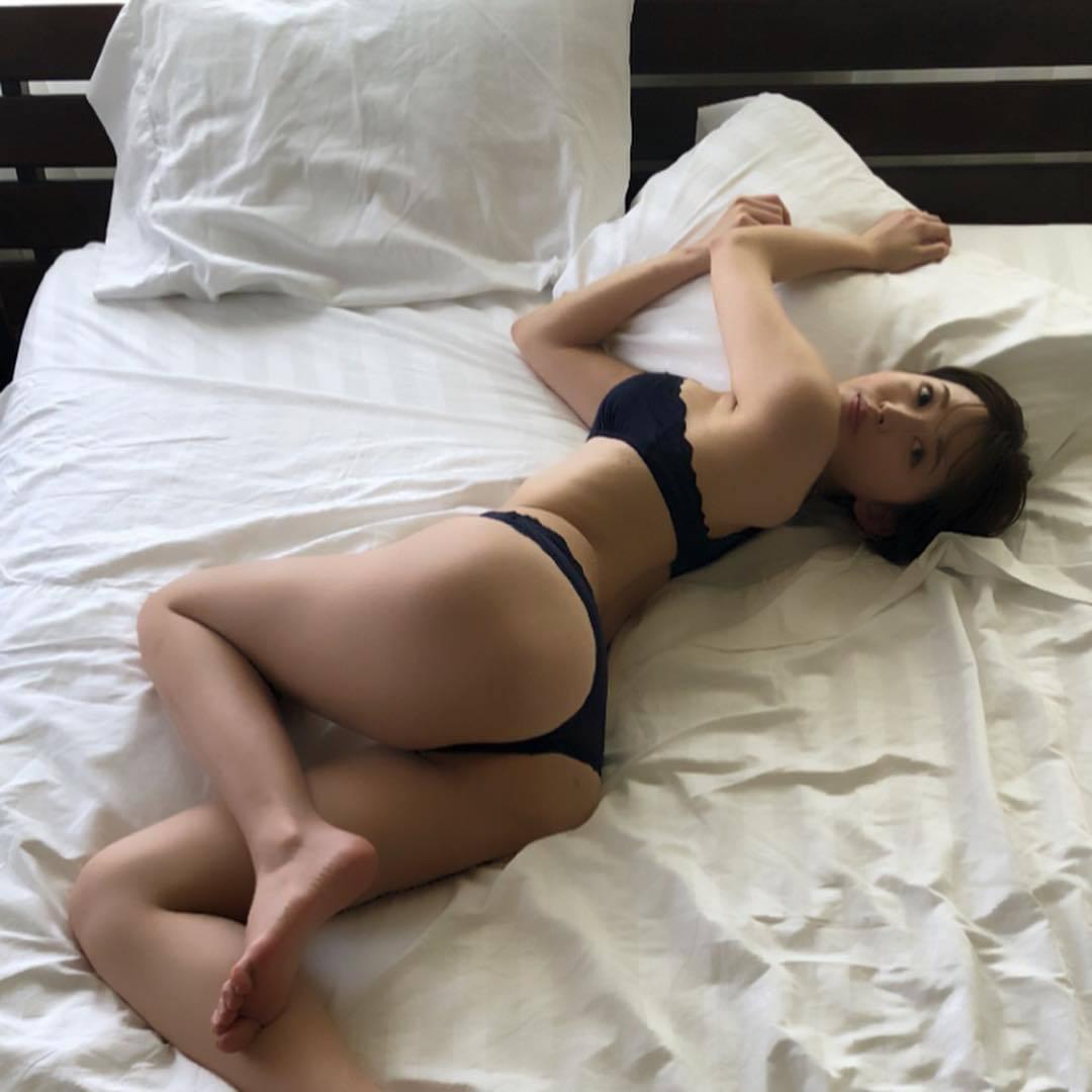 Sara Oshino Feet