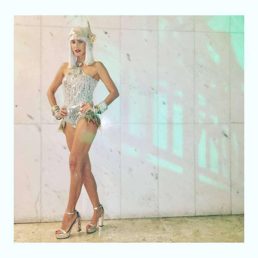 Livia De Bueno Feet