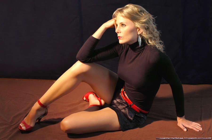 Manuela Imaz Feet