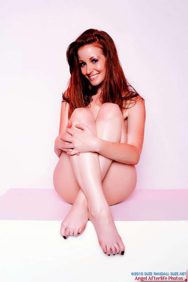 Nikki Rhodes Feet
