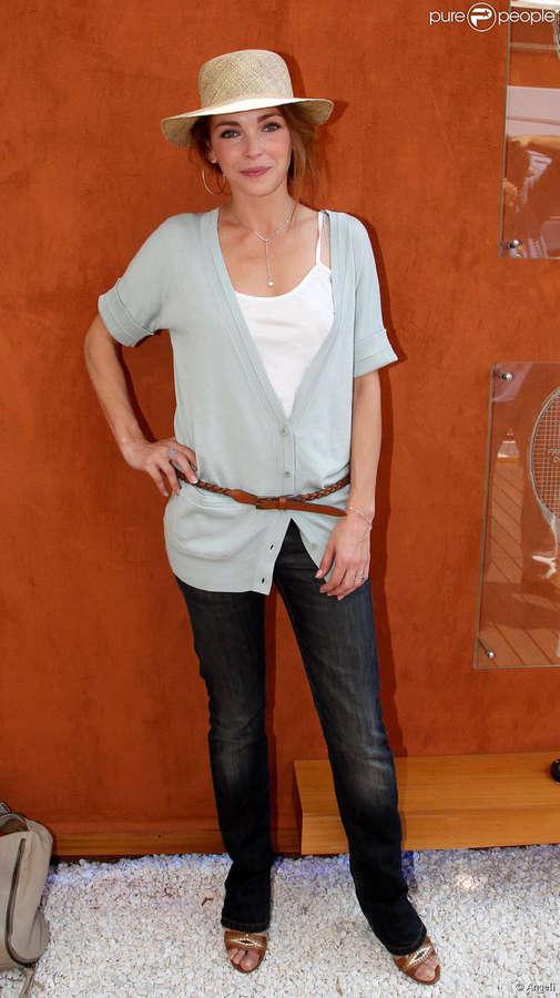 Claire Keim Feet