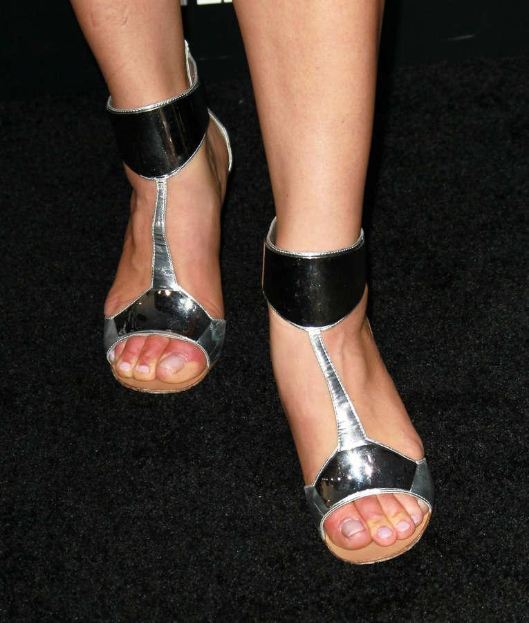 Elisabeth Rohm Feet