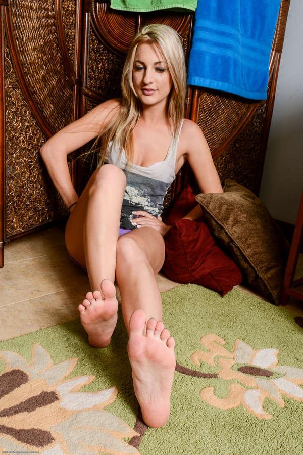 Hailey Holiday Feet
