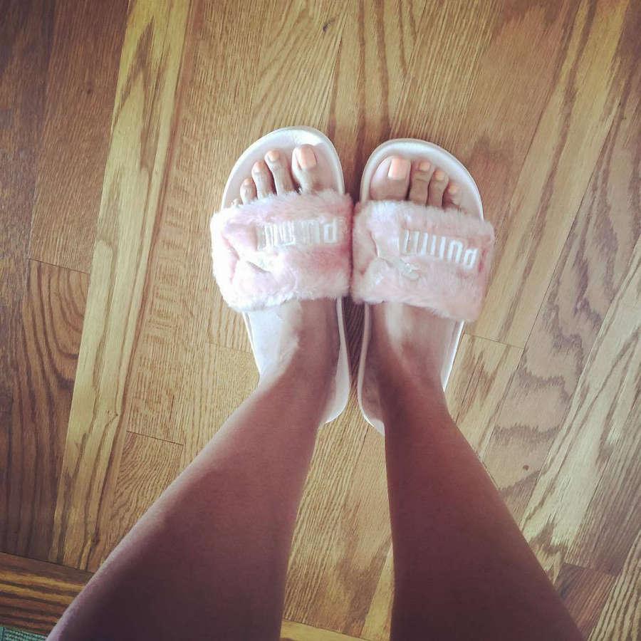 Sunny Hostin Feet