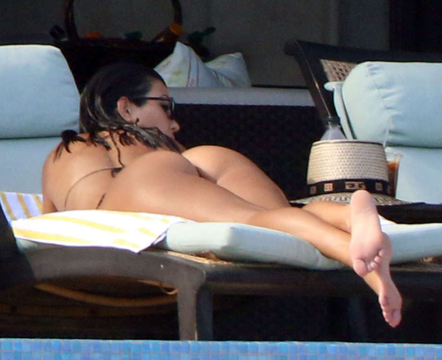 Kourtney Kardashian Feet