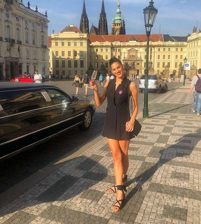 Aneta Vignerova Feet