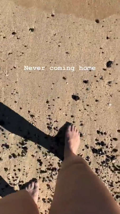 Andrea Libman Feet