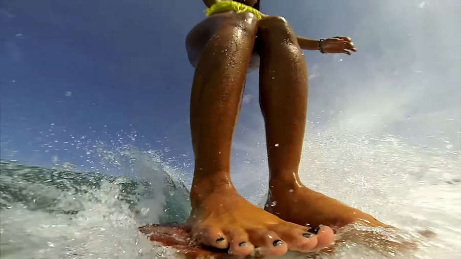 Kelia Moniz Feet