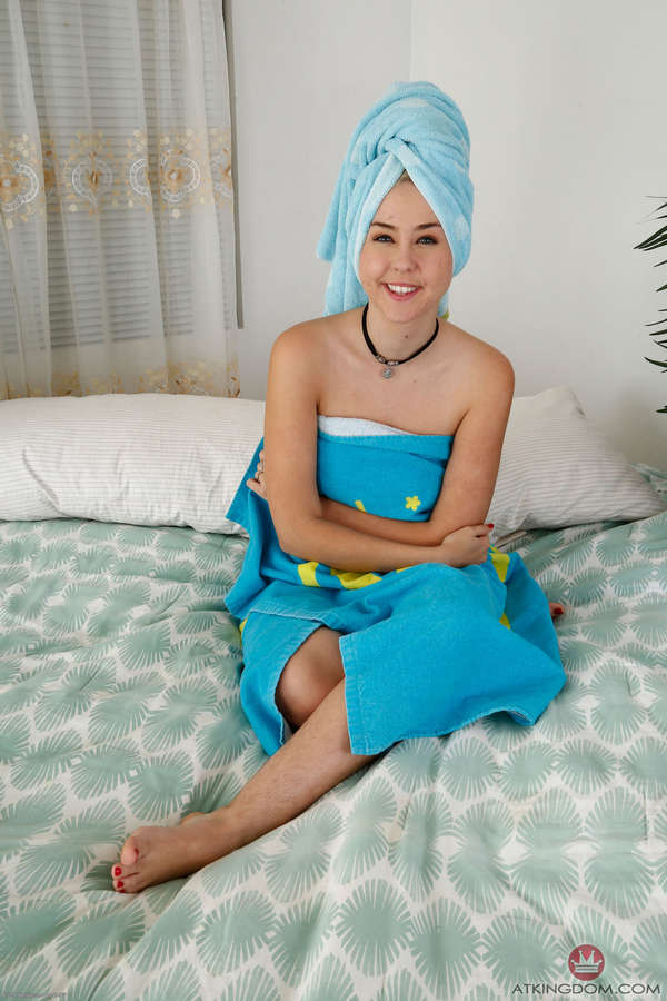 Aali Rousseau Feet