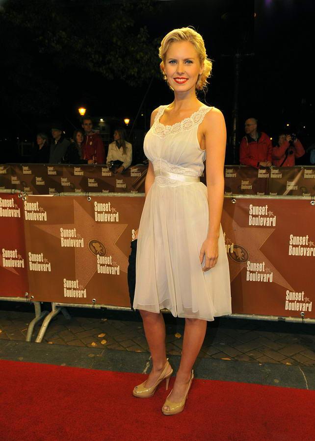 Bettina Holwerda Feet