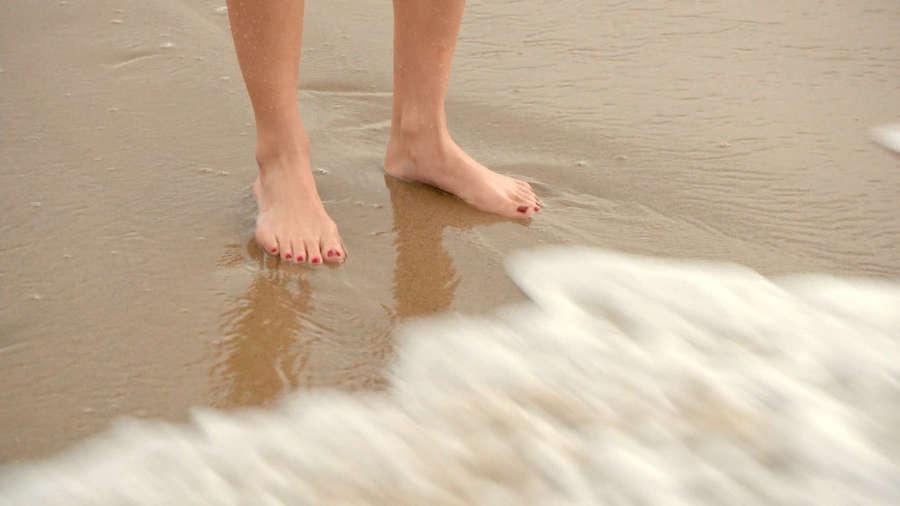 Maggie Lawson Feet