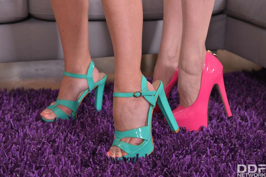 Angel Piaff Feet