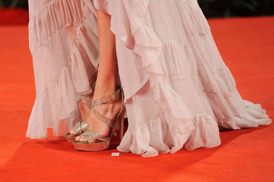 Analeigh Tipton Feet