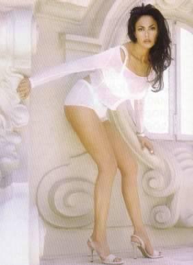 Maria Grazia Cucinotta Feet