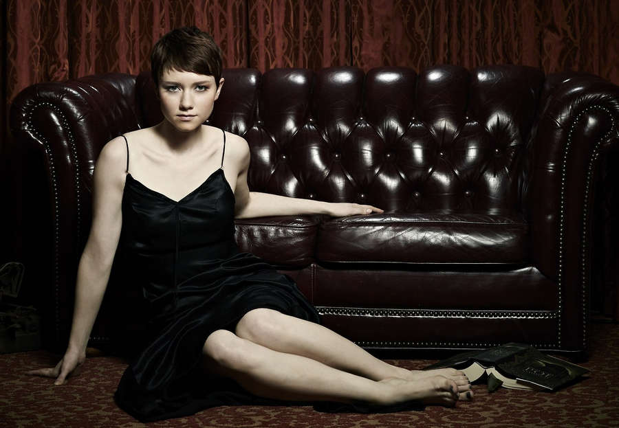 Valorie Curry Feet