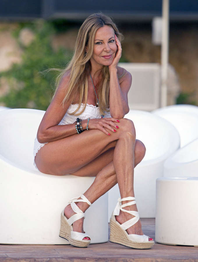 Ana Obregon Feet