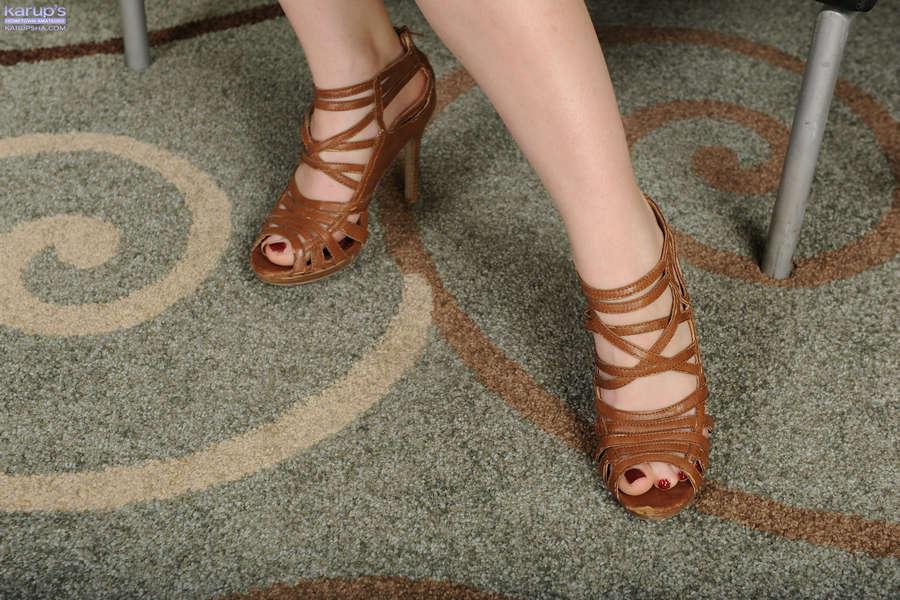 Misty Lovelace Feet
